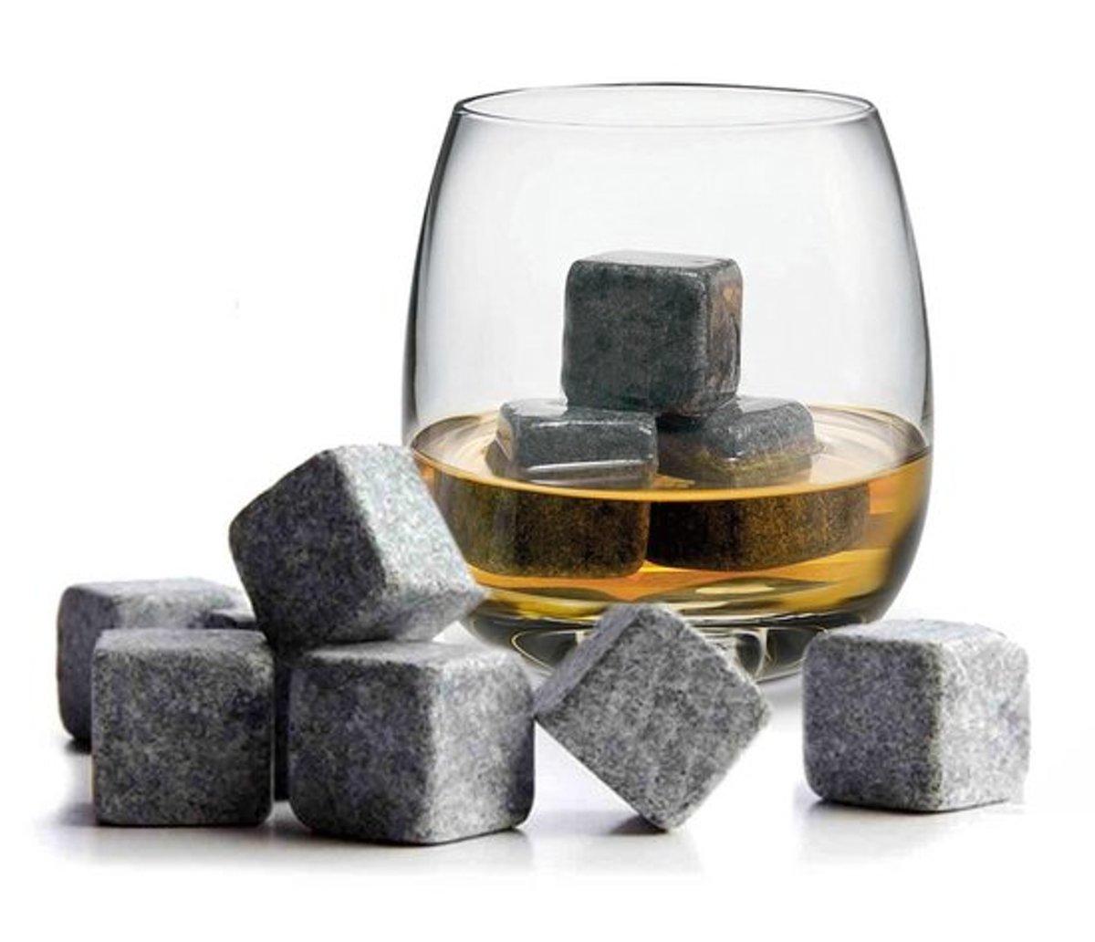 Whiskey Stones - Voor een echte Whiskey on the rocks - set van 9 stuks kopen