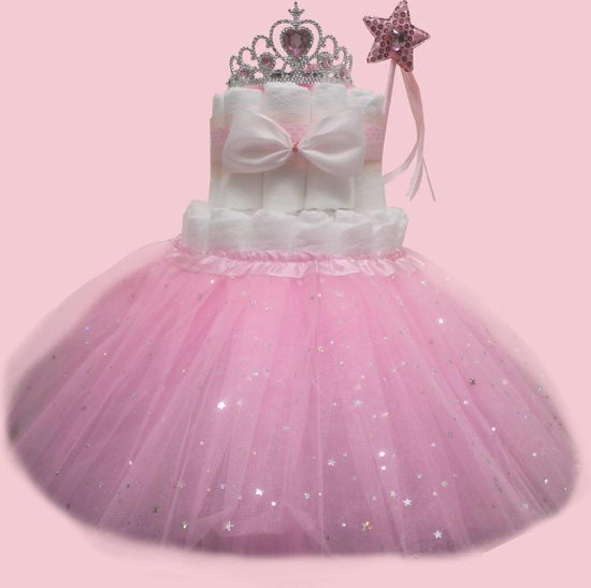 Pampertaart / luiertaart meisjes 2-laags Prinses met rok maat 2 (4-8kg)
