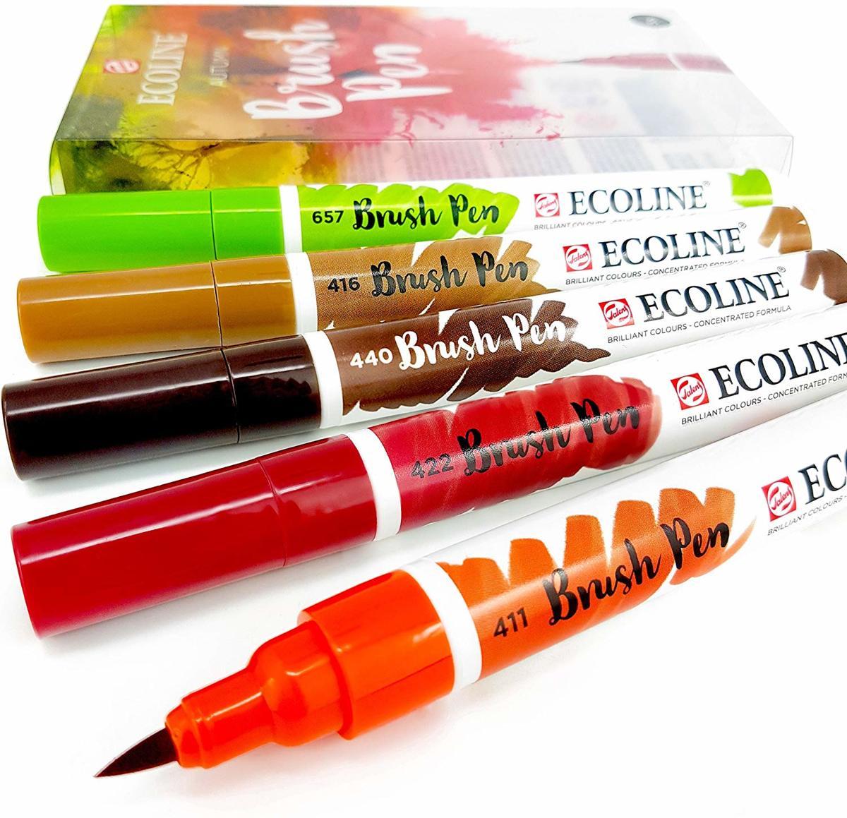 Talens Ecoline Brushpen Set met 5 Pennen (Herfst) + 1 Brush Pen Blender verpakt in een handige Zipperbag + 1 x A4 Ecoline/aquarelblok + Basis Boekje Brush/Handlettering