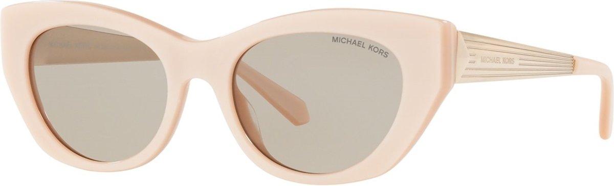 Michael Kors Paloma II Pearlized Peach Zonnebril  - kopen