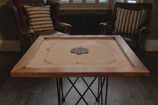Toernooi Carrom set. Professioneel bord, 12 kg. zwaar-Carrom  Spel