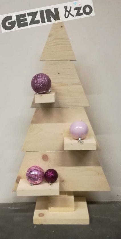 Kerstboom Blank Steigerhout - GEEN BOUWPAKKET - met GRATIS X-MAS / Merry Christmas stickers - 90 hoog - 45 breed