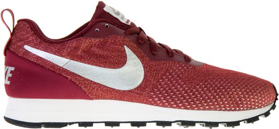 f284a01708a Nike MD Runner 2 ENG Mesh Sneakers Heren Sneakers - Maat 40.5 - Mannen -  rood