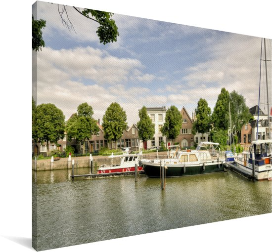 Grote boten dobberen in de wateren van Dordrecht Canvas 180x120 cm - Foto print op Canvas schilderij (Wanddecoratie woonkamer / slaapkamer) / Europese steden Canvas Schilderijen XXL / Groot formaat!