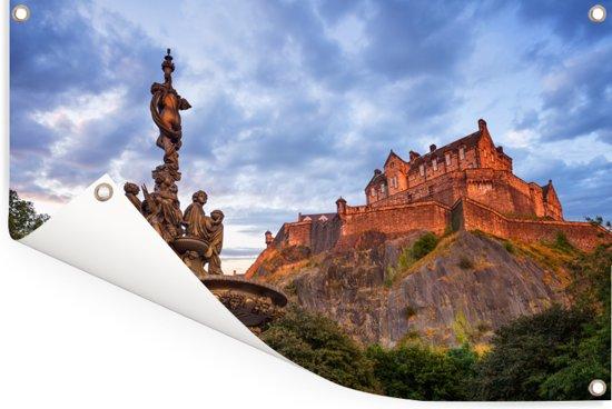 Zonsondergang bij het kasteel van Edinburgh in Schotland Tuinposter 180x120 cm - Tuindoek / Buitencanvas / Schilderijen voor buiten (tuin decoratie) XXL / Groot formaat!