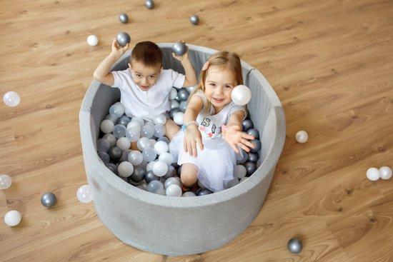 FUJL - Ballenbak - Speelbak - Licht blauw - ⌀ 90 cm - 200 ballen - Kleuren - Zilver - Parel  -Wit - Transparant