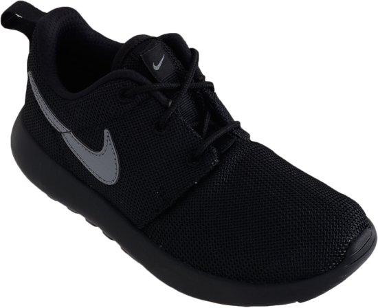 Nike Roshe One (PS) Sportschoenen - Maat 33 - Unisex - zwart/grijs
