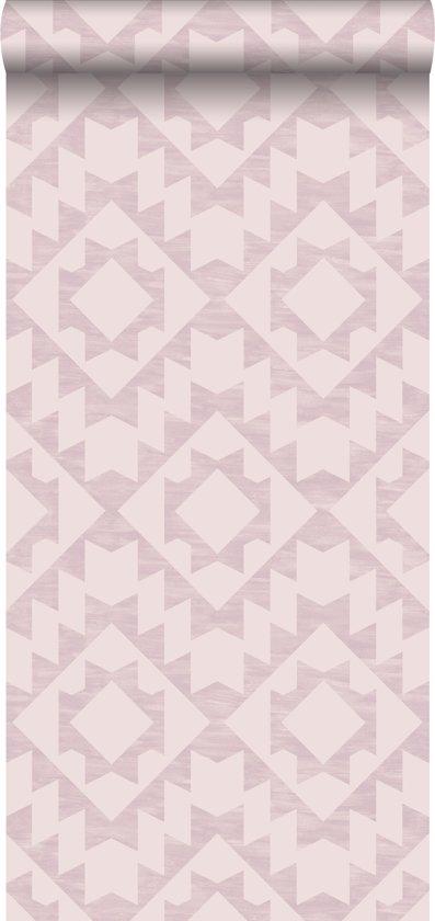 8959846436726c krijtverf eco texture vliesbehang aztec lila roze - 148676 van ESTAhome.nl