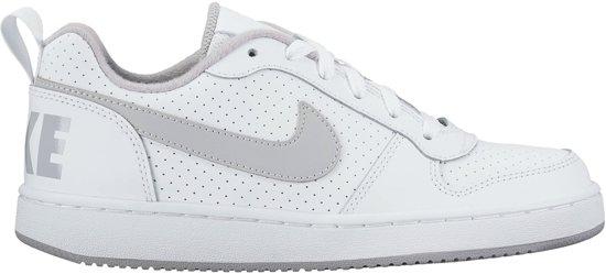 d7ae631006a Nike Court Borough Low Sneakers Junior Sportschoenen - Maat 40 - Unisex -  wit/grijs