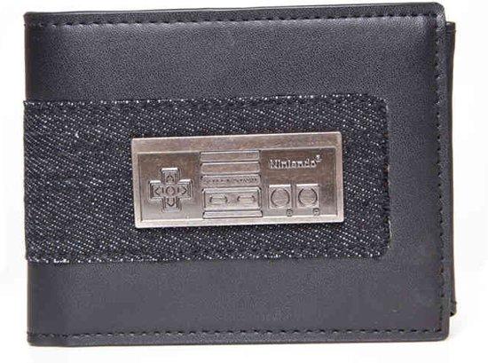 Nintendo - Metal Controller Bifold Wallet - Black