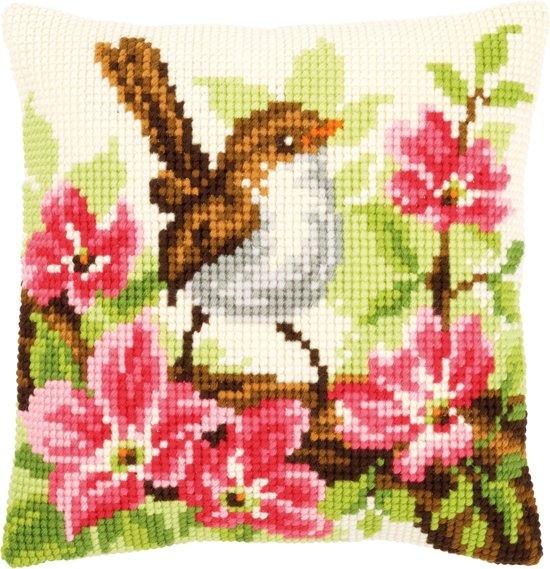 Kruissteekkussen Vogeltje met roze bloemen 0148693
