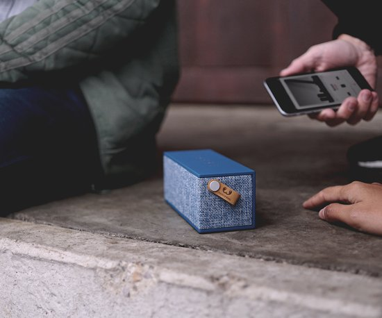 Fresh 'n Rebel Rockbox Brick Fabriq Edition Blauw