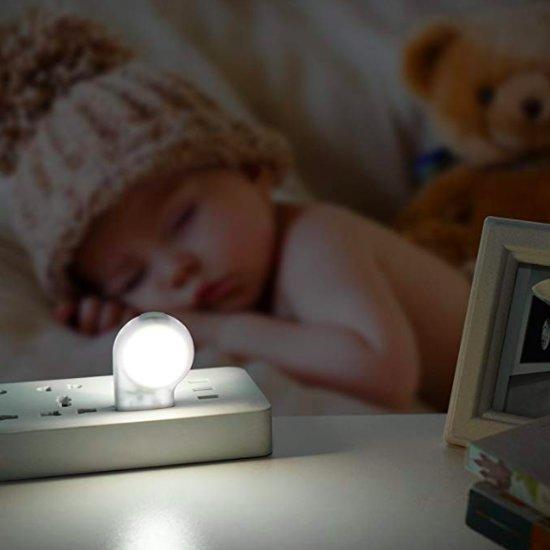 2 Stuks LED Nachtlampje met sensor | Wit | Economisch | Duurzaam |Nachtlamp | Kinderlamp | Stopcontact lamp | Slaapkamer | Met Dag/Nacht Sensor