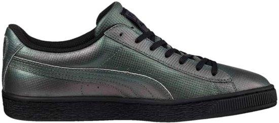 3c65f710034 bol.com | Puma Basket Classic Holographic Sneakers Dames Grijs Maat 36