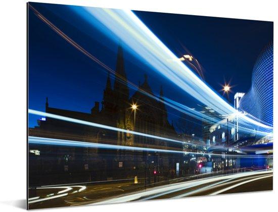 Indrukwekkende lichtstraal door de straten van Birmingham Aluminium 80x60 cm - Foto print op Aluminium (metaal wanddecoratie)