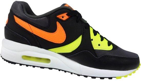 2369492ef11 bol.com   Nike Air Max Sneakers Kinderen - zwart
