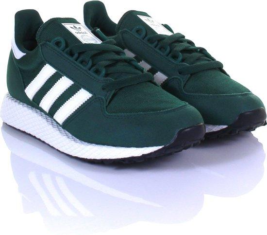 5ded72997c0 bol.com | Adidas Jongens Sneakers Forest Grove J - Groen - Maat 38