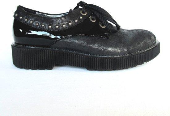 Tine's stoere veterschoenen zwart met studs mt.40