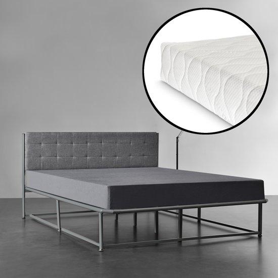 Bed 140x200 Met Matras.Bol Com Luxe Metalen Frame Bed 140x200 Met Matras Grijs
