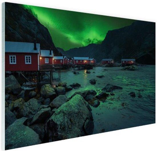 Noorderlicht boven dorp fotoafdruk Glas 30x20 cm - Foto print op Glas (Plexiglas wanddecoratie)