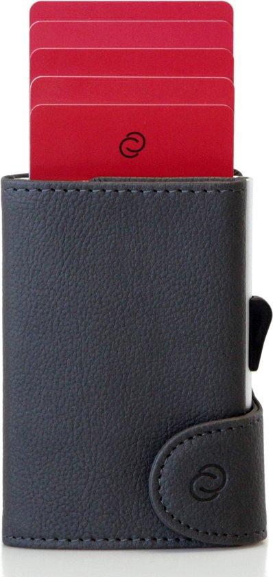 ccd8d7aeb51 Pasjeshouder, Aluminium Cardprotector met PU-Leer van Hoge Kwaliteit.  Creditcardhouder met RFID block