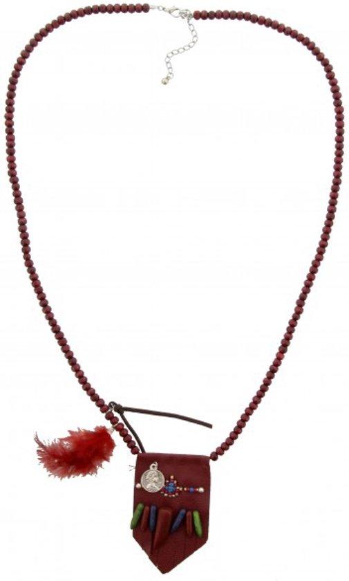 Iets Nieuws bol.com | Lange, rode kralen ketting met een rode hanger met @NV09