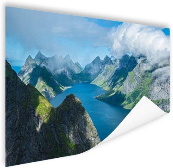 Uitzicht over fjorden in Noorwegen Poster 120x80 cm - Foto print op Poster (wanddecoratie woonkamer / slaapkamer)