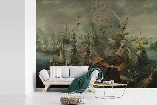 Fotobehang vinyl - Zeeslag bij Gibraltar - Schilderij van Cornelis Claesz van Wieringen breedte 305 cm x hoogte 220 cm - Foto print op behang (in 7 formaten beschikbaar)