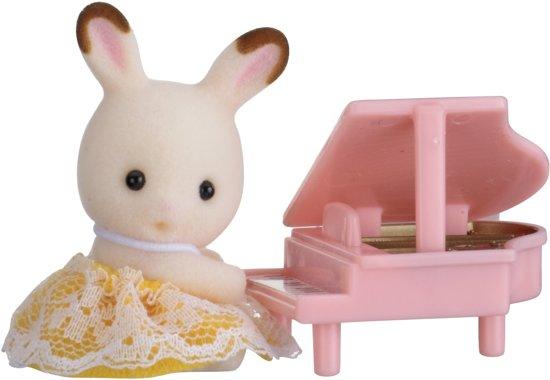 Sylvanian Families 5202 Baby Draagdoosje (Konijn Met Piano)  - Speelfigurenset