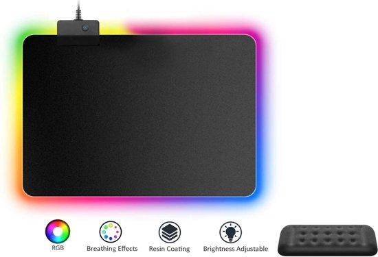 Afbeelding van RGB Gaming Muismat - Gaming Mouse Pad - Computer Pad - 35x25cm Inclusief Polsteun.
