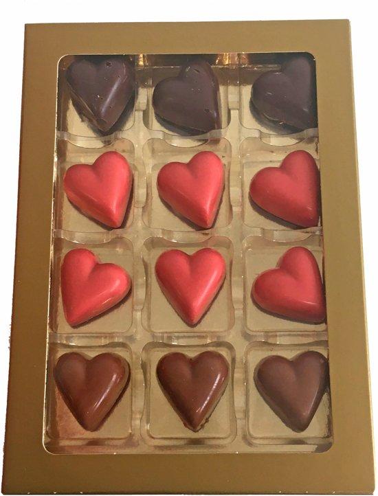 Mr Choc' Overheerlijke Moederdag hartjes chocolade assorti - Set-12 Valentinaa