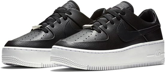 Nike Air Force 1 Sage Low Sneaker Dames Sneakers - Maat 39 - Vrouwen -  zwart/wit