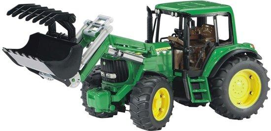 Bruder 02052 - John Deere 6920 tractor met voorlader