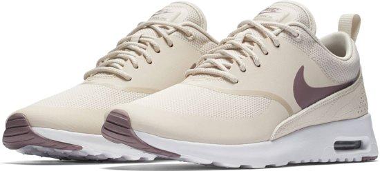 new product b3cbb fe7ad Nike Air Max Thea Sneakers Dames - Light Beige - Maat 36.5