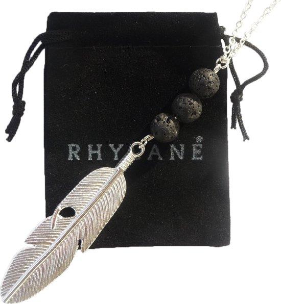 Lange zilverkleurige ketting 70 + 5 cm met veer hanger en echte lavastenen - Rhylane