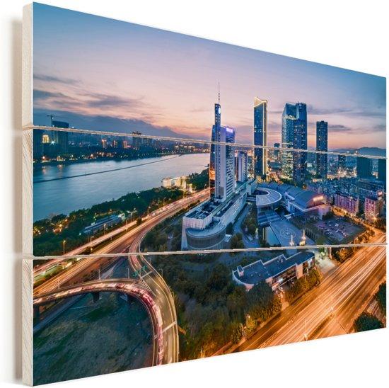 Drukke straten in de avonden van Fuzhou in China Vurenhout met planken 160x120 cm - Foto print op Hout (Wanddecoratie) XXL / Groot formaat!