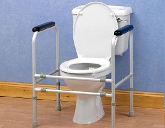 Toiletkader - Universeel en regelbaar,  in Staal