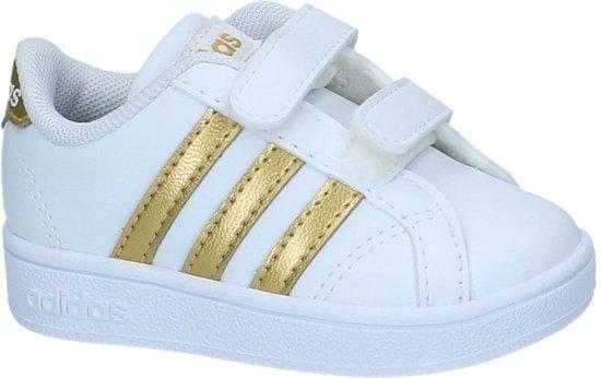 gouden adidas schoenen
