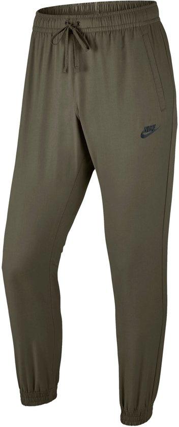e8018afbaa8 Nike Sportswear Joggingbroek Heren Sportbroek - Maat S - Mannen - groen