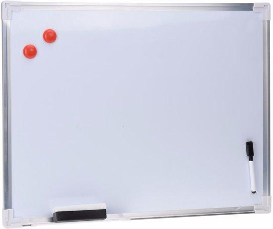 Whiteboard met stift en wisser