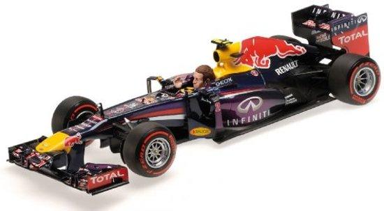 Formule 1 Infiniti Red Bull Racing RB9 M. Webber GP 2013 - 1:18 - Minichamps