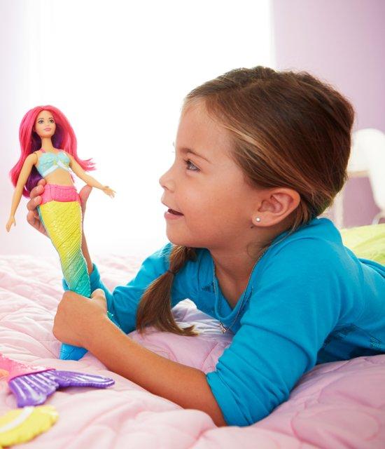 Barbie Dreamtopia Regenboog zeemeermin - curvy