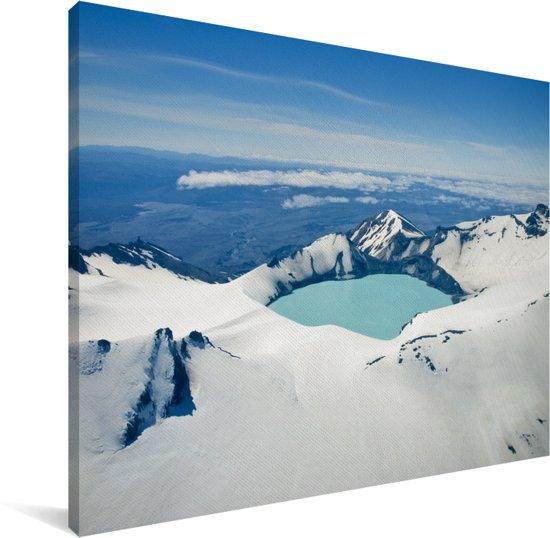 Winterlandschap in het Nationaal park Tongariro op het Noordereiland Canvas 80x60 cm - Foto print op Canvas schilderij (Wanddecoratie woonkamer / slaapkamer)