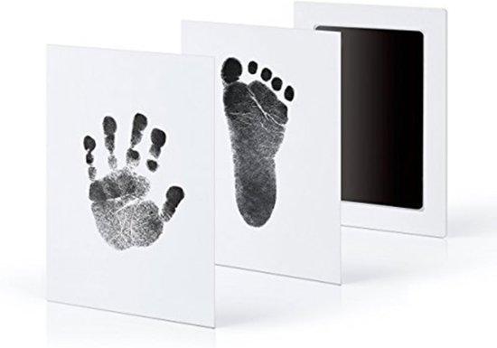 Baby handafdruk en voetafdruk fotokaartje - Baby cadeau - Gipsafdruk alternatief! - Eenvoudig schoonmaken - Rode inkt