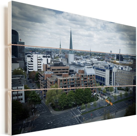 Stadsgezicht van Dortmund met donkere wolken Vurenhout met planken 30x20 cm - klein - Foto print op Hout (Wanddecoratie)
