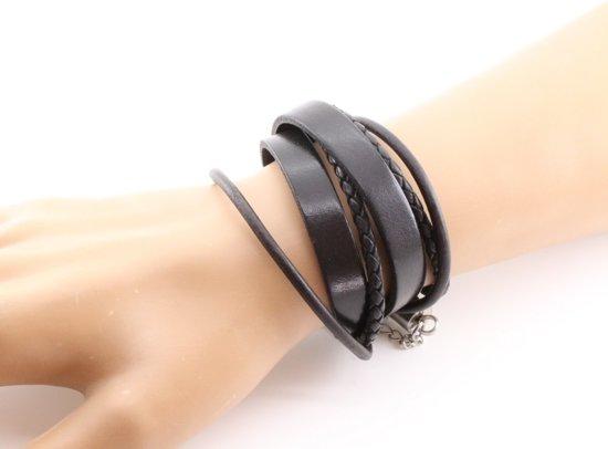 """Leren armband van merk: """"Mbrace"""""""