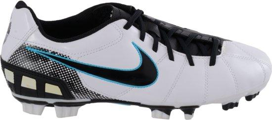 hot sale online 11a2b d6cef Nike T90 Shoot III FG - Voetbalschoenen - Unisex - Maat 38.5 - WitZwart
