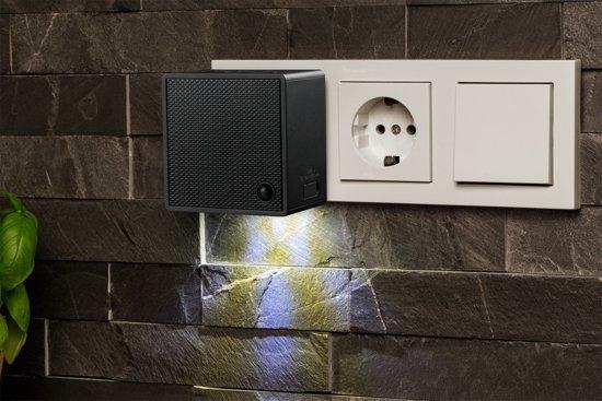 MEDION® LIFE P65700 Stekker Bluetooth speaker met FM radio (zwart)