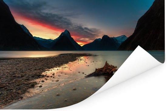 Zonsondergang Nationaal park Fiordland in Nieuw-Zeeland Poster 90x60 cm - Foto print op Poster (wanddecoratie woonkamer / slaapkamer)