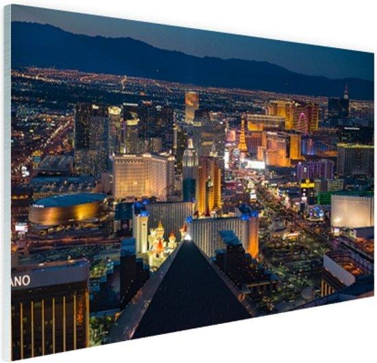 Luchtfoto verlicht stadsbeeld Las Vegas Glas 90x60 cm - Foto print op Glas (Plexiglas wanddecoratie)